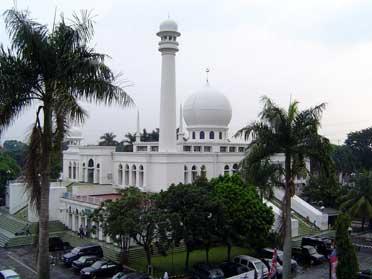 masjid-agung-al-azhar-jakarta-selatan
